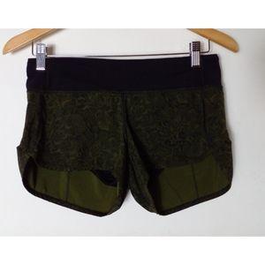 Lululemon Run Speed Up Shorts Size 4